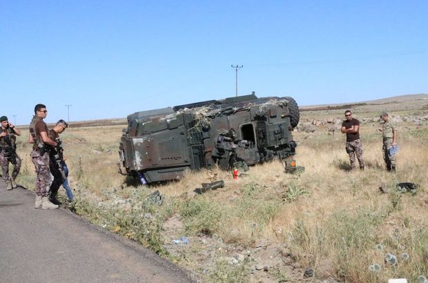 2 ilde polis araçları kaza yaptı: 13 polis yaralı