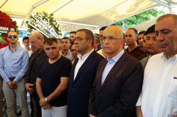 Enis Berberoğlu cenazeye katıldı