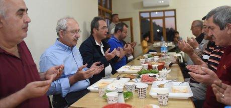 Kemal Kılıçdaroğlu, köylülerle iftar yaptı