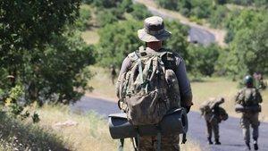 Bingöl'de el yapımı patlayıcı infilak etti: 2 asker yaralı