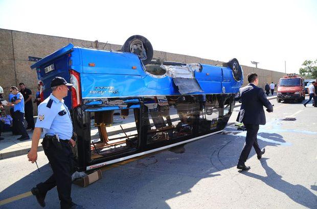 Ankara'da dolmuşla otomobil çarpıştı: Çok sayıda yaralı var