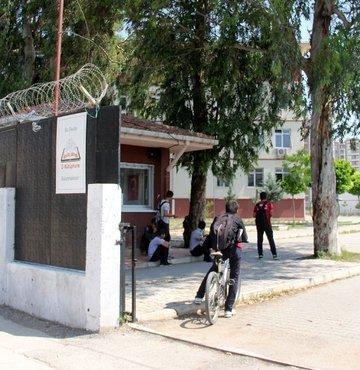 Yeni okullara mescit şartı