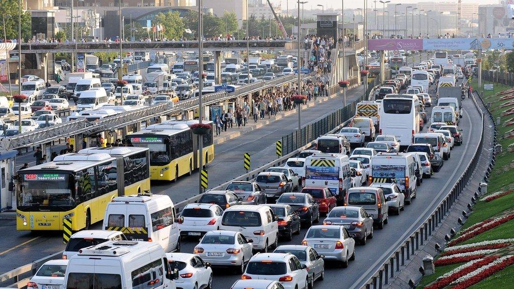 Zorunlu trafik sigortası ile ilgili flaş açıklama!