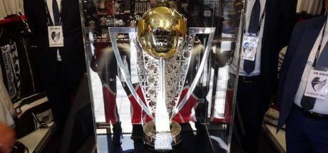 Beşiktaş'ın şampiyonluk kupası Bodrum'da