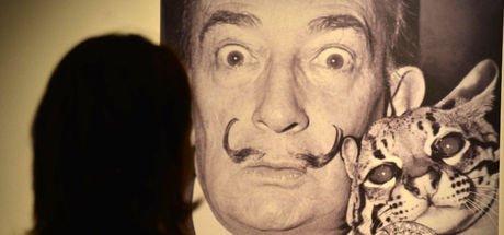 İspanyol ressam Salvador Dali'nin mezarı DNA testi için açılacak