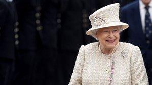 Kraliçe 2. Elizabeth'in bütçeden aldığı pay artırıldı