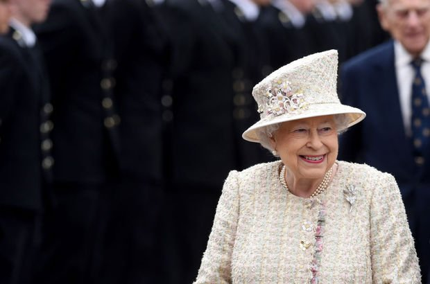 Kraliçe Elizabeth'e zam!