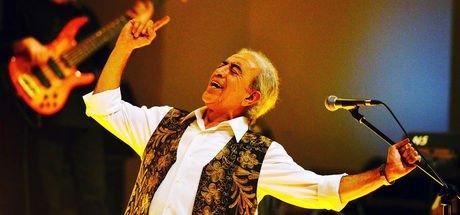 Usta Sanatçı Edip Akbayram, 45. sanat yılını kutlayacak