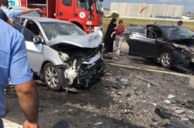 Tekirdağ'da iki otomobil kafa kafaya çarpıştı: 10 yaralı