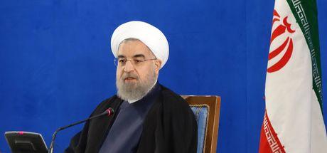İran Devrim Muhafızları Komutanı'ndan Ruhani'ye eleştiri