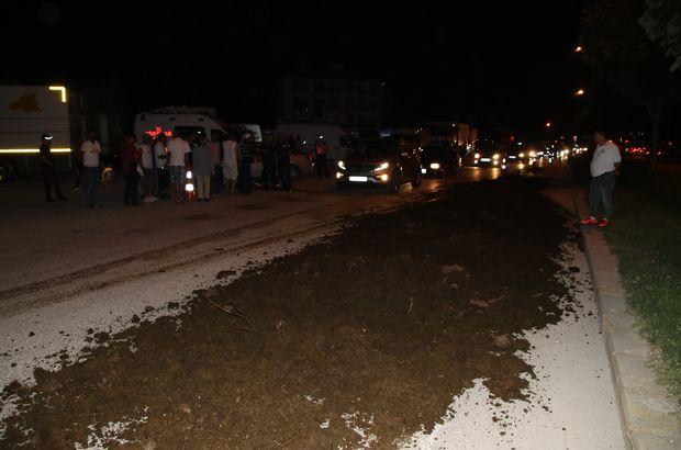 Düzce'de Kemal Kılıçdaroğlu'nun kaldığı alanın önüne kamyonla gübre döküldü