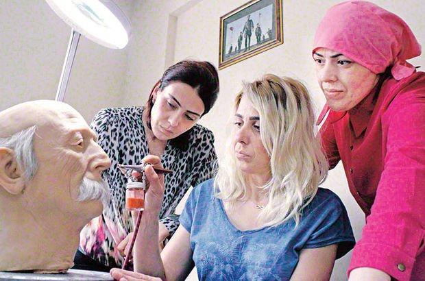 Kız kardeşlerin hiperrealist heykel merakı