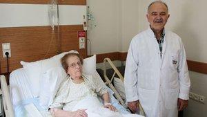 102 yaşında ameliyatla şifa buldu