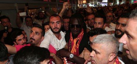 Bafetimbi Gomis İstanbul'da...