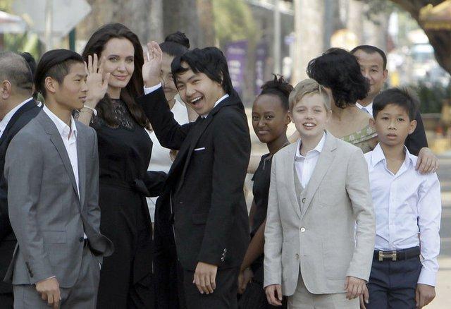 Brad Pitt ve Angelina Jolie'nin kızları Shiloh cinsiyet değiştirecek