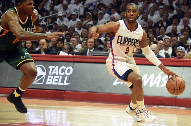 Houston Rockets, 7 oyuncu karşılığında Chris Paul'ü aldı