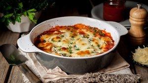 Fırında beşamel soslu kabak nasıl yapılır? Fırında beşamel soslu kabak ve malzemeleri...
