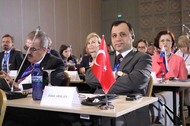 AYM Başkanı Zühtü Arslan Gürcistan'da OHAL sunumu yaptı
