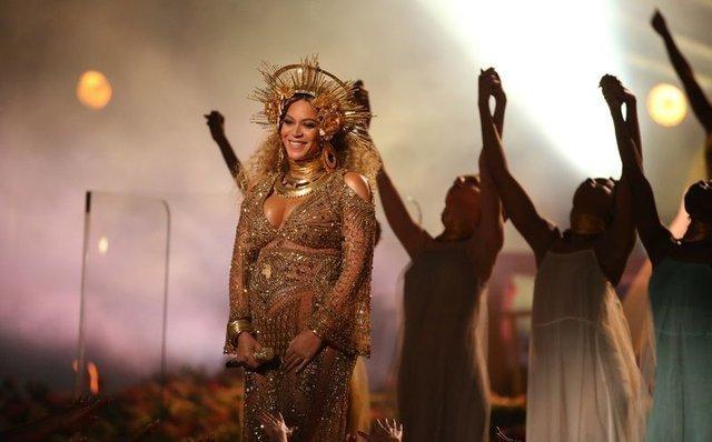 Beyonce ve Jay Z, ikizlerinden birine Mevlana'nın ismini verdi
