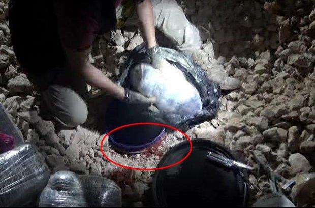 Gaziantep'te teröristler bombanın üzerini pul biberle kaplamış