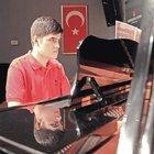 BEYKOZ'UN MOZART'I ARTIK ÜNİVERSİTELİ OLDU!