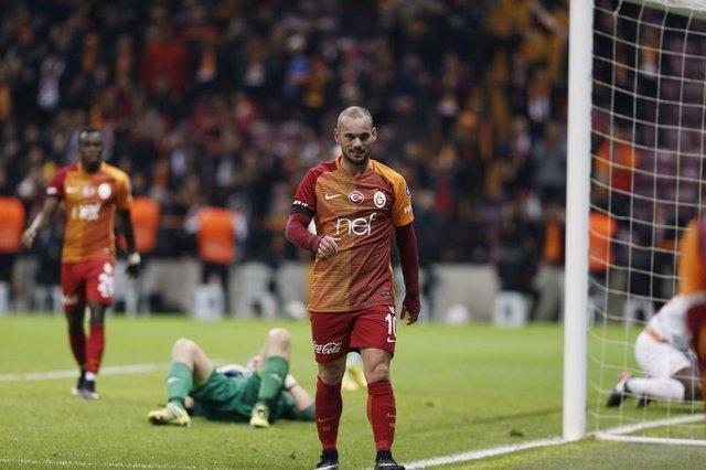 Sneijder'ın menajerinden Sampdoria açıklaması