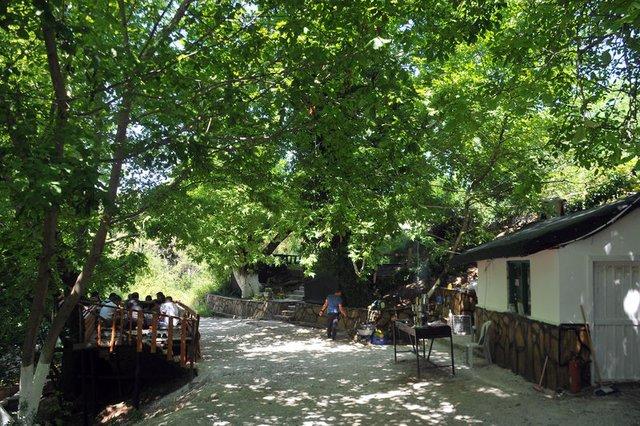 Muğla Eşkıyalar Vadisi yerli ve yabancı turist akınına uğruyor