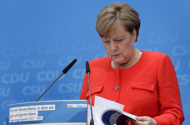 Merkel'in seçim programında 'Türkiye' vurgusu