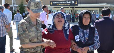Bitlis şehitleri son yolculuklarına uğurlandı