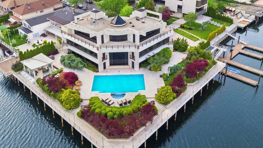 3.5 milyon değerindeki evi 180 liraya aldı!