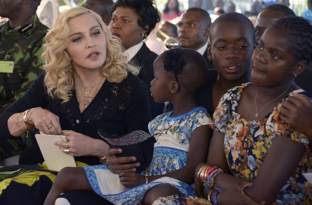 Madonna o ülkeye gönül borcunu böyle ödedi!