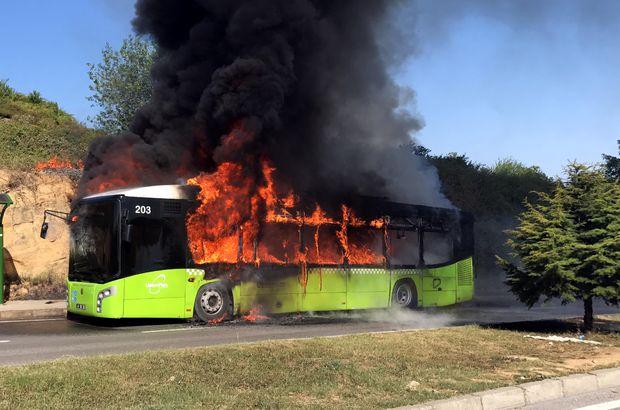 Kocaeli'de halk otobüsü yandı