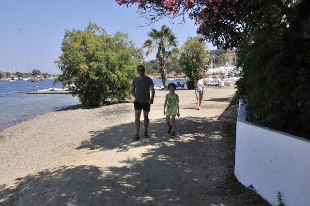 Rafet El Roman eski sevgilisi ve oğlunun annesiyle barıştı