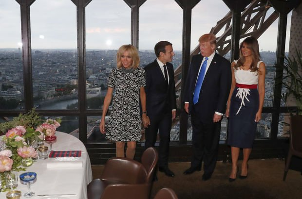 Trump'tan Macron'un eşi için ilginç sözler! İltifat mı gaf mı?