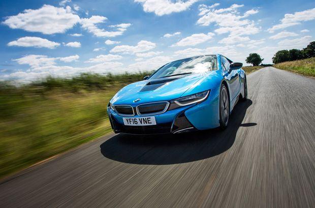 BMW otomobiller artık Skype kullanacak