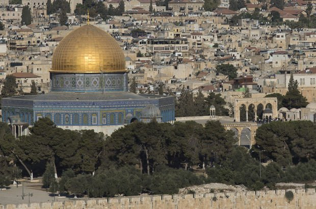 İsrail polisi 3 Filistinliyi öldürdü! Mescid-i Aksa kapatıldı...