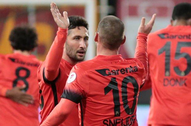 Sabri'den Sneijder'e uğurlama