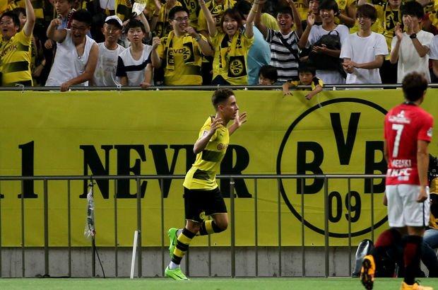 Dortmund'u Emre Mor taşıdı!