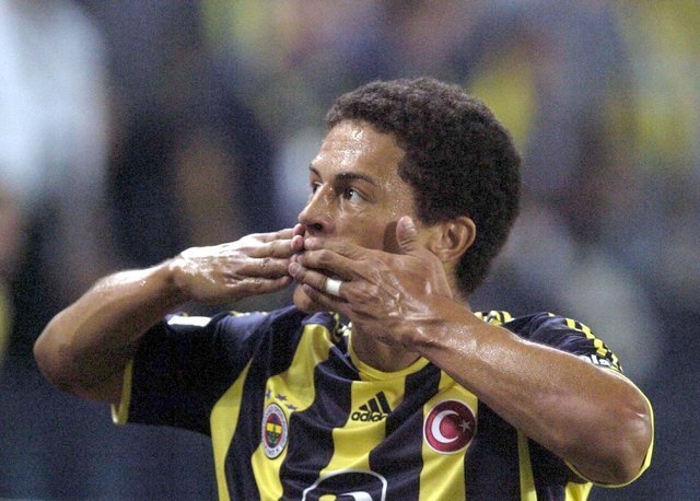 Ümit Özat başta Alex ve Galatasaray olmak üzere çarpıcı açıklamalar yaptı