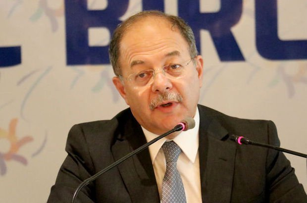 Sağlık Bakanı Recep Akdağ: Fruktozun özel bir zararı yok