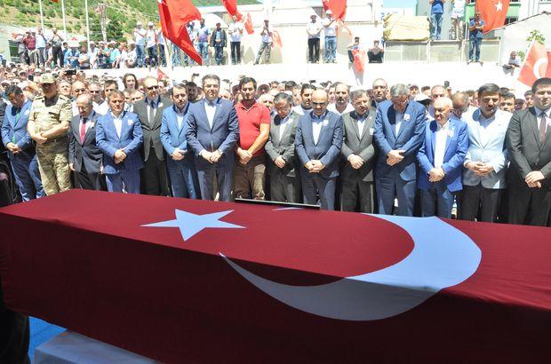 PKK'lı teröristlerce şehit edilen Necmettin öğretmene veda