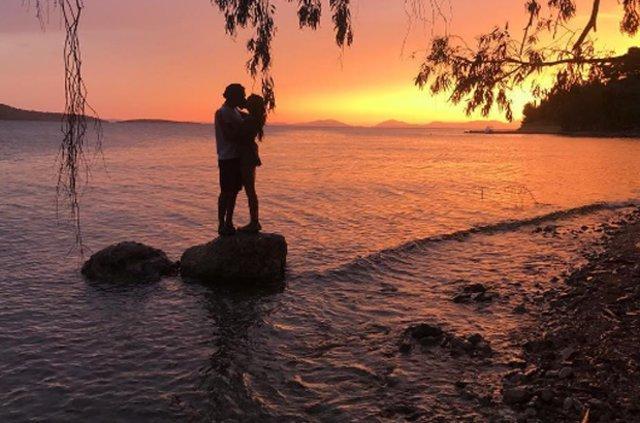 Kadir Doğulu ile Neslihan Atagül'ün romantik tatili