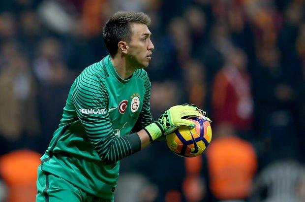 Muslera gidiyor mu? - Galatasaray'dan Muslera açıklaması