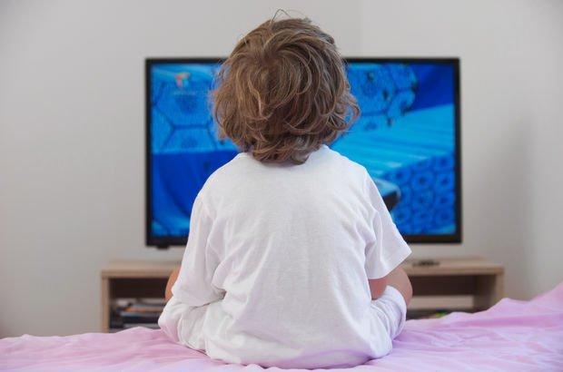 Çocuklarda televizyon izleme alışkanlığına dikkat!