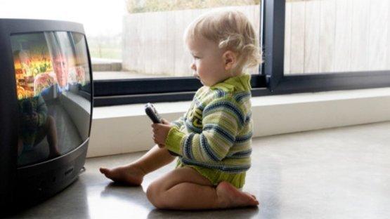Televizyon çocuklarımızı nasıl etkiliyor?