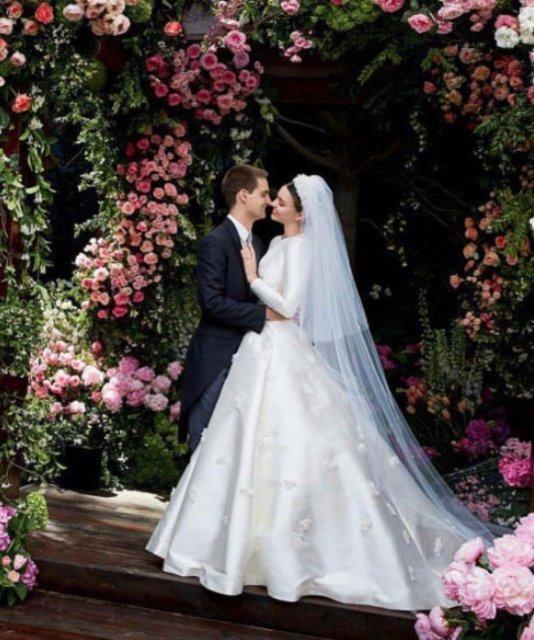 Miranda Kerr ile Snapchat'in kurucusu Evan Spiegel'in düğününden kareler
