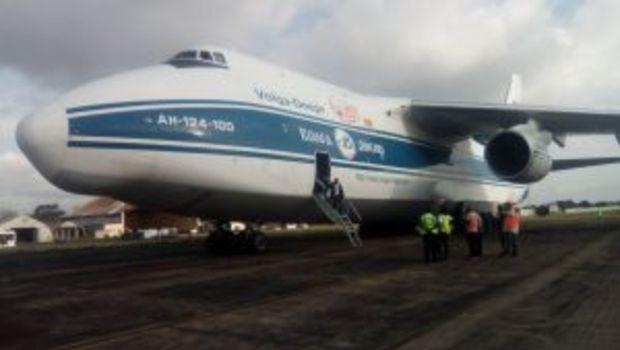 Yeni ekipmanların getirildiği uçak
