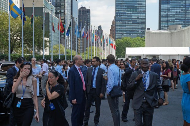 Birleşmiş Milletler Genel Merkezi'nden yangın alarmı