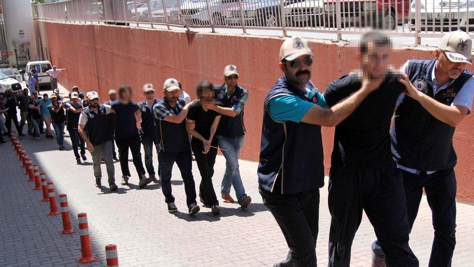'Adalet Yürüyüşü'ne saldırı iddiası: 15 DEAŞ'lı adliyede