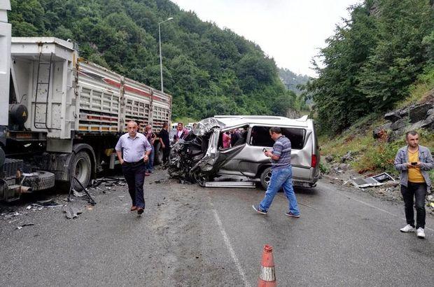 Zonguldak'ta aynı yolda 3 kaza: 1 ölü, 15 yaralı